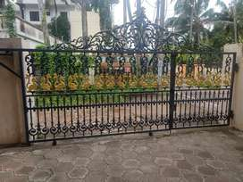 Gate in cast iron