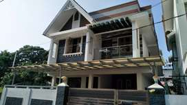 4cent 2000sqft 4bhk independent house for sale in Elamakkara