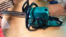 Chain saw  Hi_max  is in excellent condition  ( 4250 rs)
