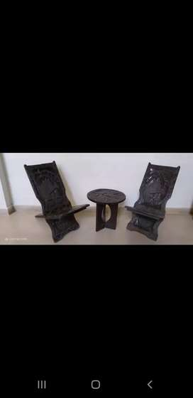 Beautiful Wooden chair set wd round table