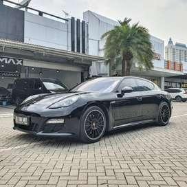 Porsche Panamera 3.6L Platinum Package