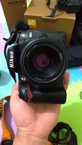 Kamera DSLR Nikon D90 BO