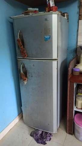 LG fridge for sale Rs 6000