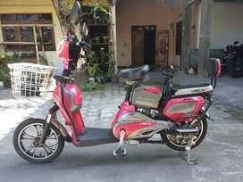Sepeda listrik Langtu