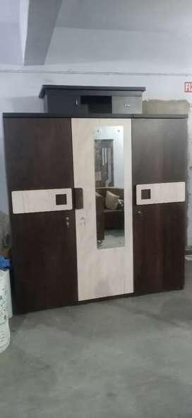 Bigg 3 Door wardrobe factory outlet