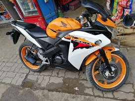 Cbr 150 orange mint condition no any problem