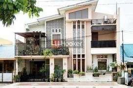 Dijual Rumah 2 Lantai Full Renovasi Di Tiban Indah Permai