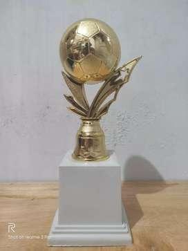 Trophy Berkualitas