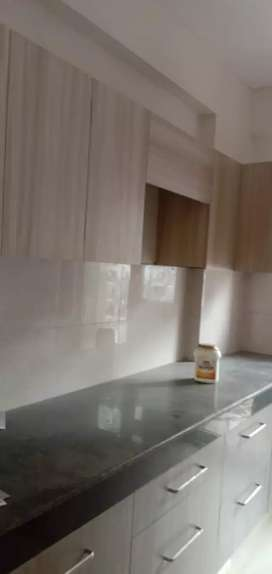 3 bhk with 2 TOILETS SEMI FURNISHED FLAT on rent