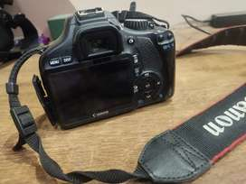 I sell my camera canon EOS 550d urgent sell