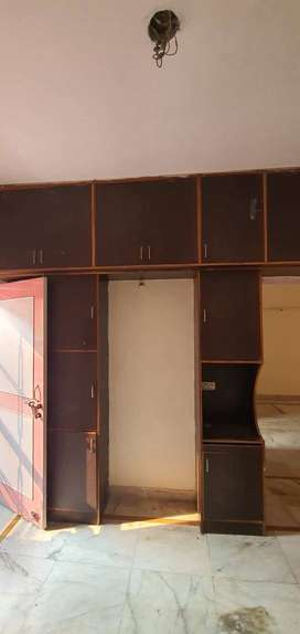 1BHK semifurnished flat at sector 46, Faridabad, 2 km for rent