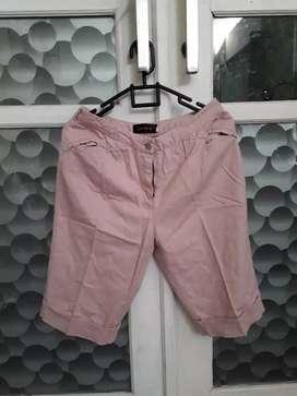 Celana Pendek Hotpants Pink Size 28/29 Impor Murah Kyk Baru