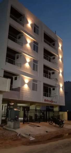 Fully furnished flat sabse kam price mai