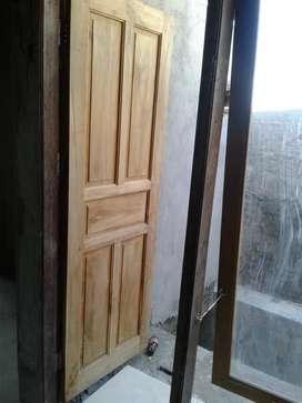 Jasa pembuatan kusen dan pintu