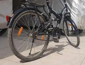 Hercules cycle (black)