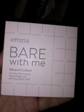 preloved Emina Bare with me mineral cushion