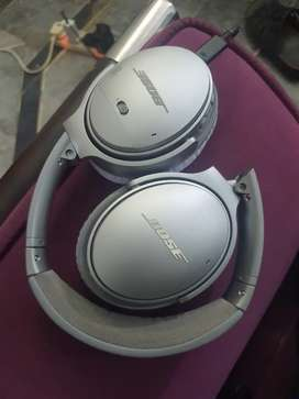Bose QC 35 Active Noice Cancellation Headphones in cheap price