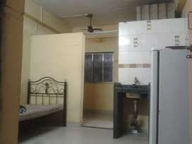 FLAT FOR BECHELERS AND MARRIED COUPLES