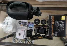 Nikon D3200 with 18_55mm and 80-200mm