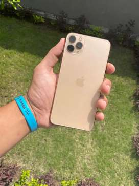 11 pro max (256 gb) golden colour phone bilkul saaf va