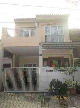 Dijual rumah minimalis dalam perumahan di Cinere.