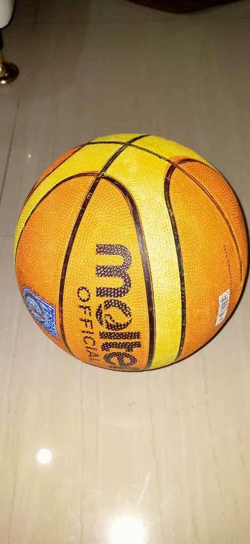 Bola Basket Molten 0