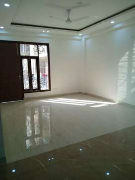 2bhk flat for rent in chattarpur tivoli garden