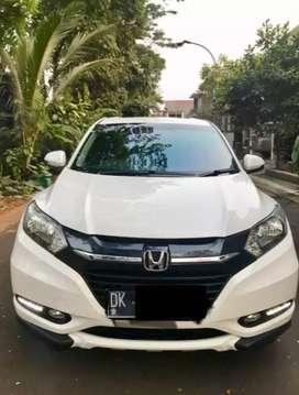 Honda HR-V E 1.5 Putih / White 2016
