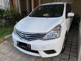 Nissan Grand Livina SV 2014 CVT Putih Tangan Pertama