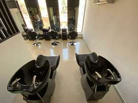 Salon for sale in Sahakar nagar