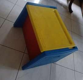 Vintage Toy box merek Fisher Price