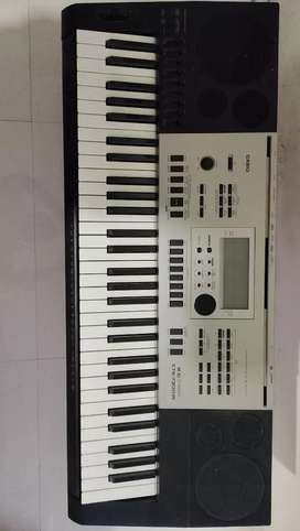 For SALE Casio CTK 7300in Keyboard