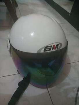 Helm gm ukuran S