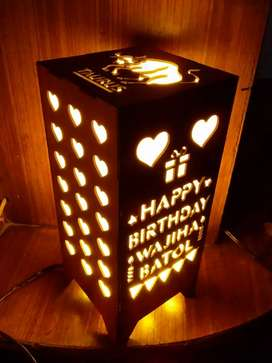 Customized wooden lamps