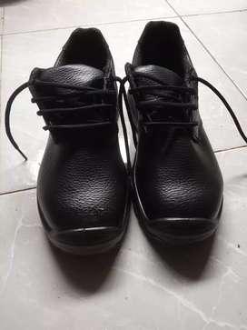 Sepatu Safety Dr.Osha size 41