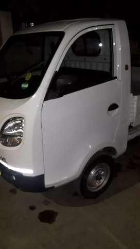 Six months old Tata Zip-XL single hand mint condition full Insurance