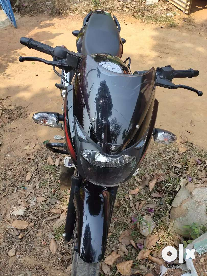 Bike is fully new condition all papers are ok 0