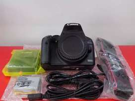 Canon 500d new body price Rs. 28500