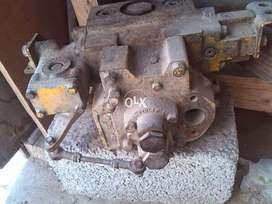 Front main control valve for CAT D8K Dozer Available for Sale.