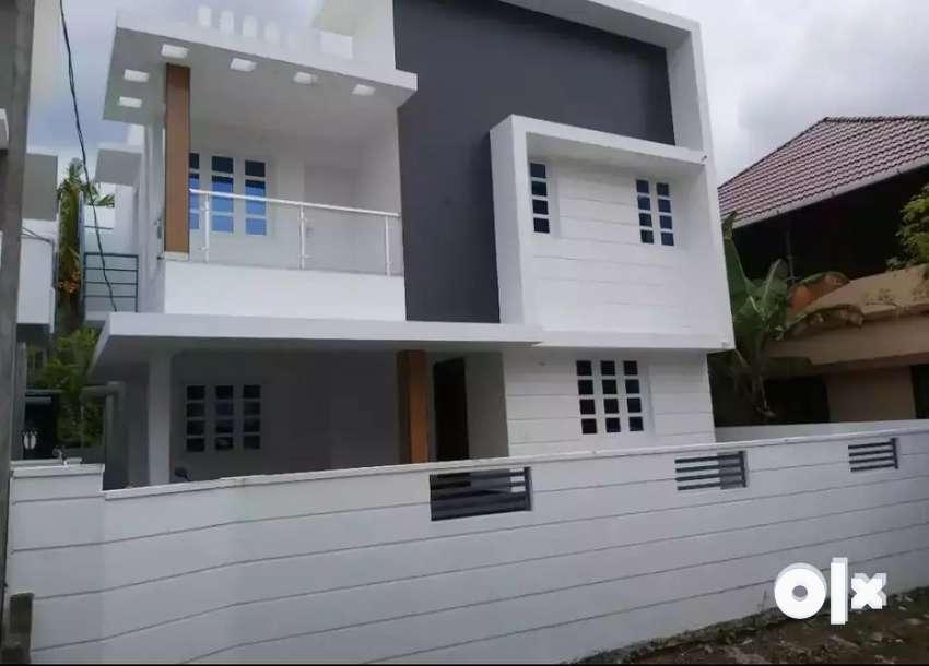 4 bhk 2000 sqft new build ready to occupy posh at edapally ponekkara 0