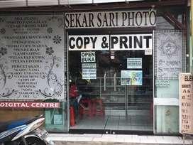 Staff Design Grafis dan Operator Mesin Digital Print
