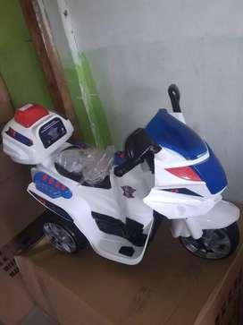 Yotta tornado motor aki tornado anak - mainan motor aki charge - mobil