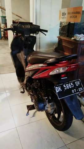 Vario cw 2010 pajak off 1x cash bali dharma.motor
