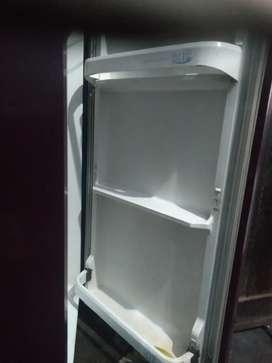 5000 ka fridge bhej Rahe