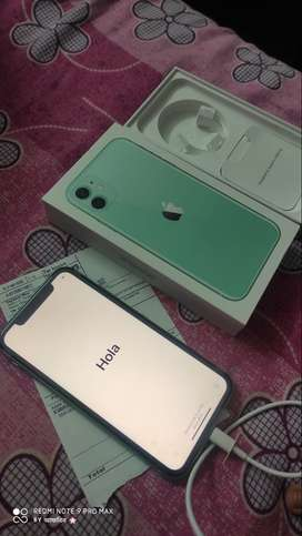 I phone 11 (64gb) Green In Warranty
