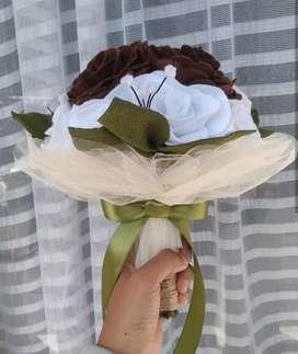 Buket bunga untuk gift anniv wisuda dan prewedd