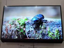 BRAND NEW SMART & NON-SMART LED TV AVAILABLE FREE WALL STAND