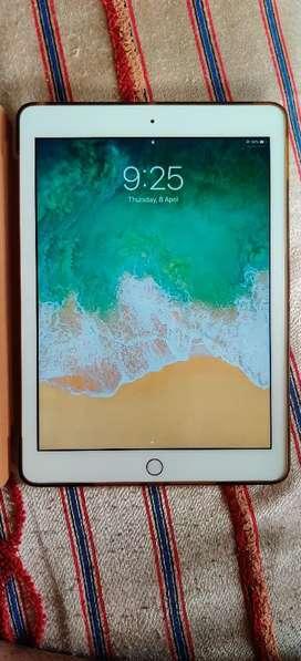 Apple iPad 5th generation 128GB gold