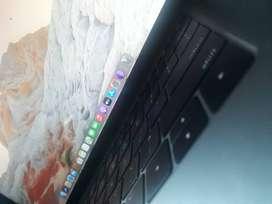 Mac book pro 13 inch