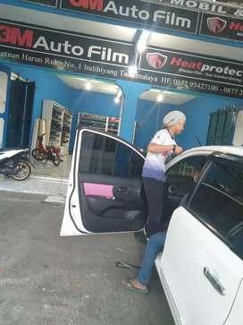 kaca film untuk mobil